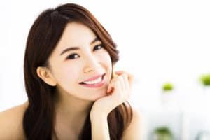 can teeth whitening brighten my dental crown